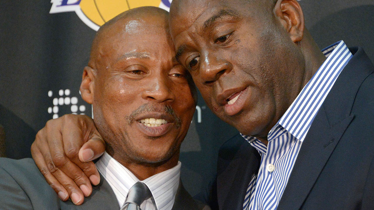 No Major Signings For Lakers But That s OK Says Hall Famer